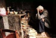 """拷问道德良知:农村老人自杀是一道社会""""伤疤"""""""