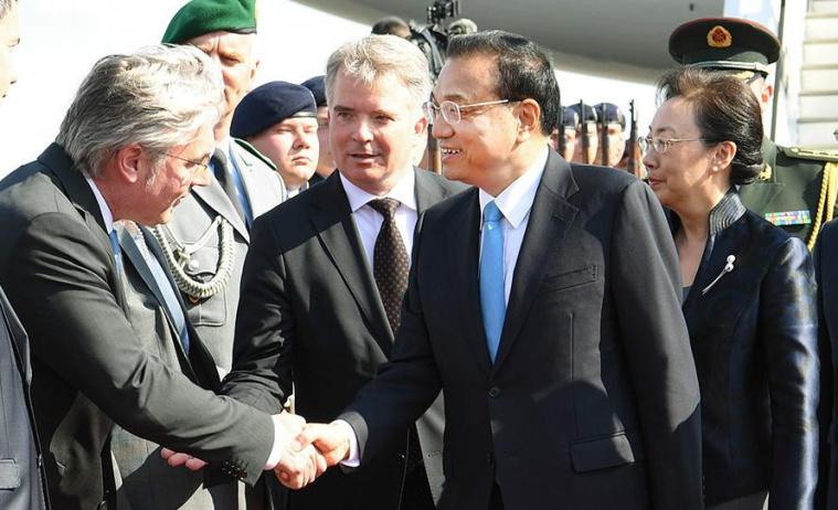 李克强抵达柏林对德国进行正式访问