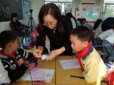 湖北麻城:孩子们喜迎《送给未来的礼物》