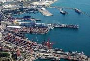 北约4艘军舰访问格鲁吉亚黑海港口