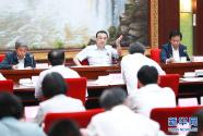 李克强:把就业优先放在经济发展更加突出位置