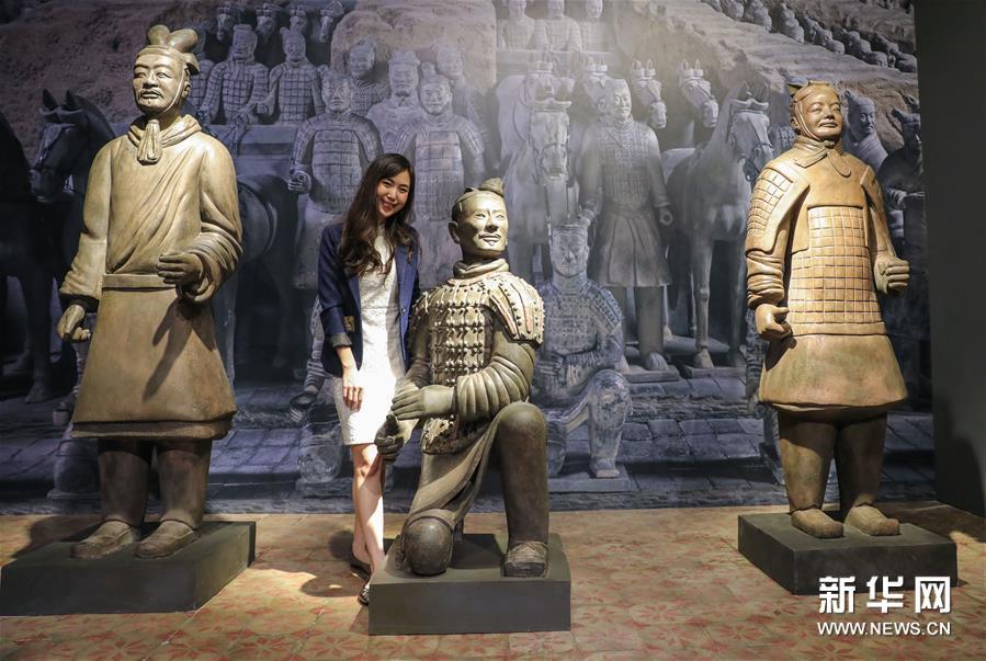 (国际)(1)秦始皇兵马俑首次在泰国展出