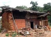 脱贫攻坚让农村贫困人口住进安全温暖的新家