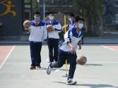 学生参加体育活动 不可佩戴N95口罩